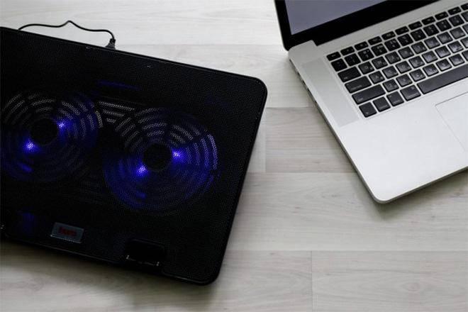 Лучшие охлаждающие подставки для ноутбука