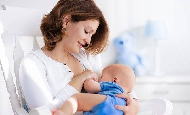 Лучшие витамины для кормящих мам