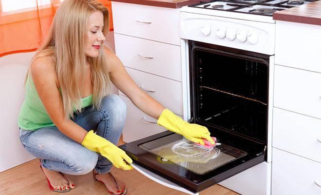 Лучшие-средства-для-чистки-духовки