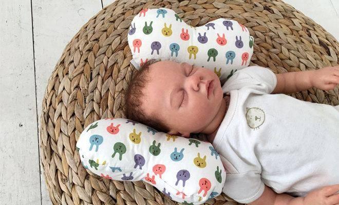Лучшие ортопедические подушки для новорожденных