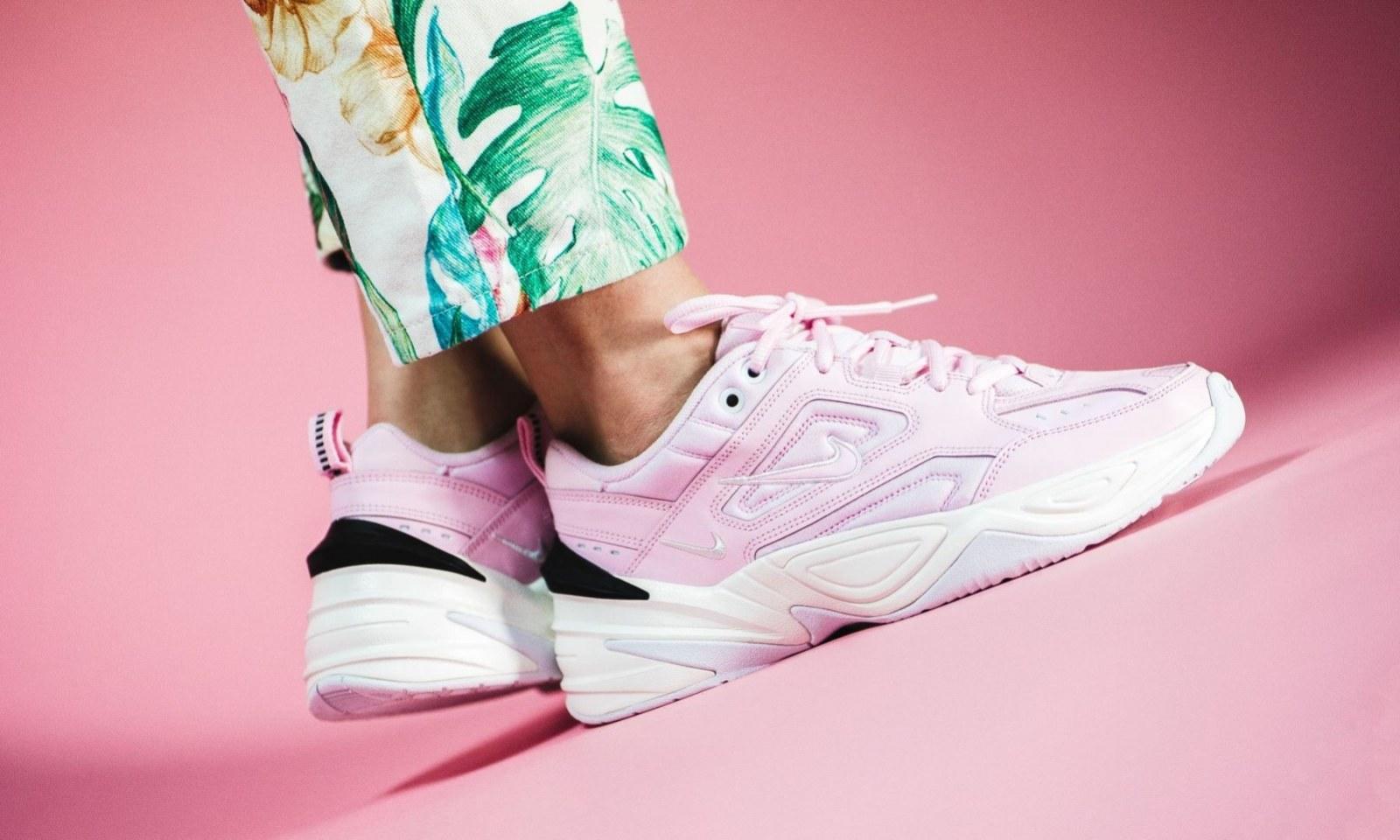 Лучшие женские кроссовки